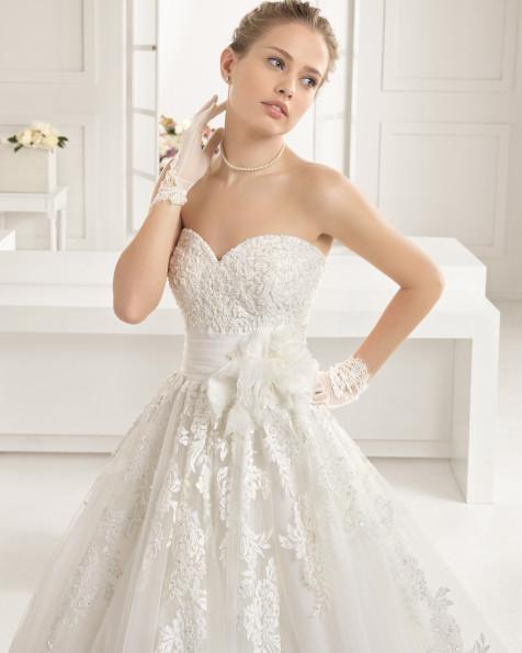 ELISABET  vestido de novia Rosa Clará Two