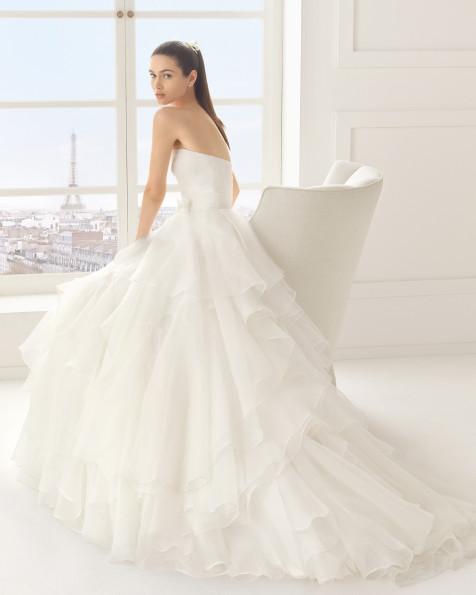 ESPUMA vestido de novia Rosa Clará Two