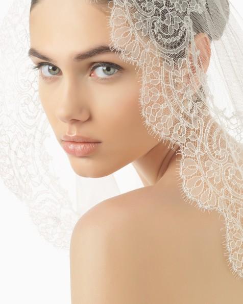 Rosa Clará wedding veil.
