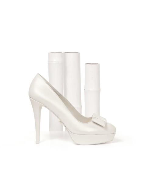 91Z17. Zapatos de Novia.