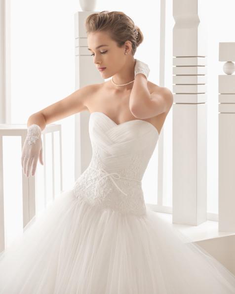 Narbona vestido de novia Rosa Clará 2017