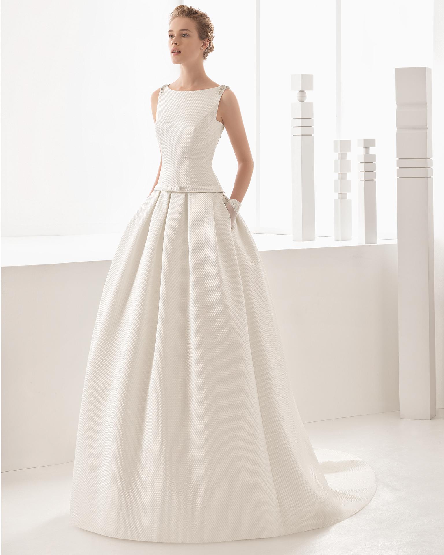 Vestido de novia de pique