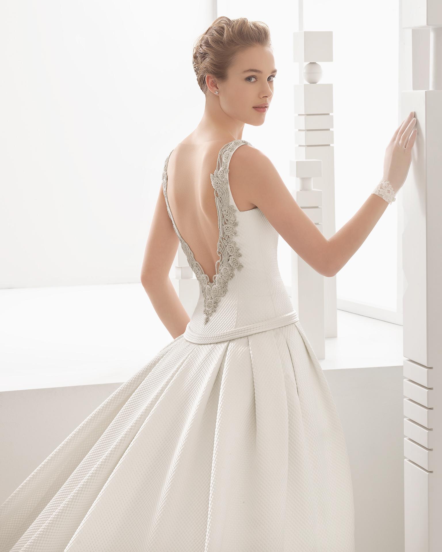Nasia - 2017 Bridal Collection. Rosa Clará.