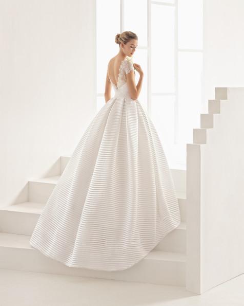 ONELIA vestido de novia Rosa Clará Two 2017