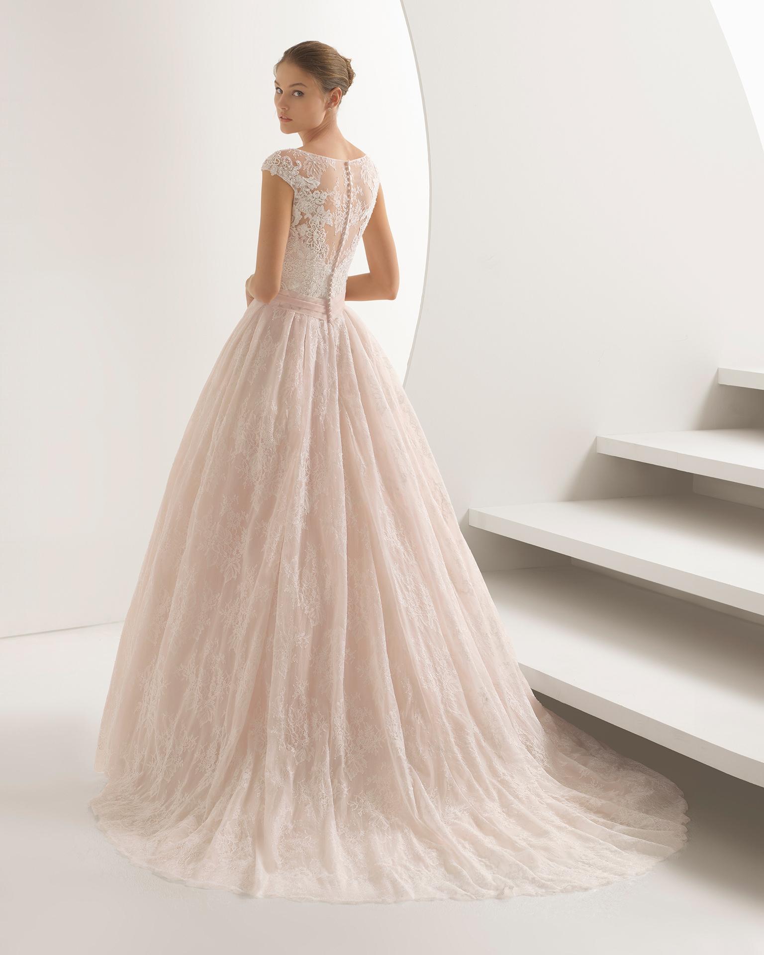 AMANDA - 2018 Bridal Collection. Rosa Clará Collection