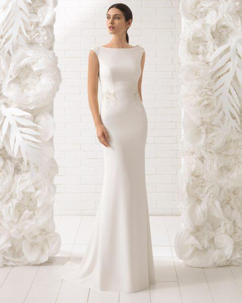 Vestido de noiva corte sereia de crepe e brilhantes com costas joia.