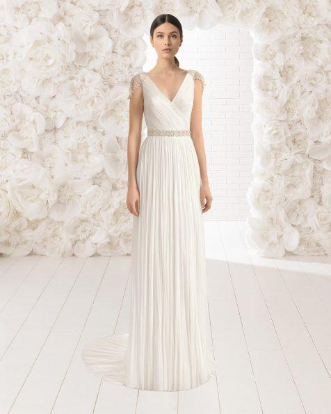Vestido de noiva leve de musselina de seda com decote em bico e costas joia em brilhantes frost, em cor natural.