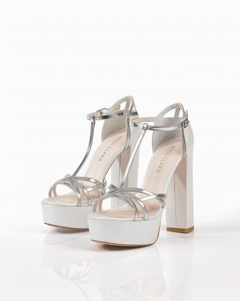 米白色和银色亮皮婚礼凉鞋,鞋跟高135 mm。 ROSA CLARA COUTURE 新品系列 2018.