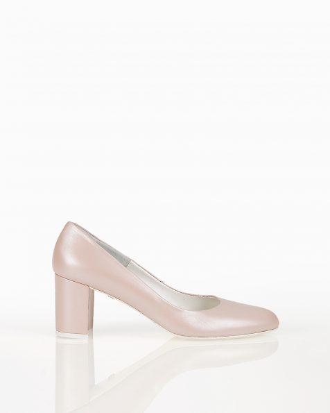 中跟皮革新娘宫廷鞋,有米白色和裸色可选。 ROSA CLARA COUTURE 新品系列 2018.