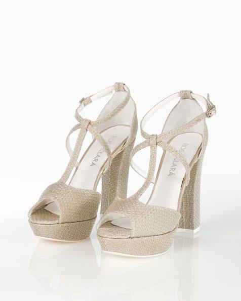 封闭式高跟格子设计新娘水台凉鞋,有银色可选。 ROSA CLARA COUTURE 新品系列 2018.
