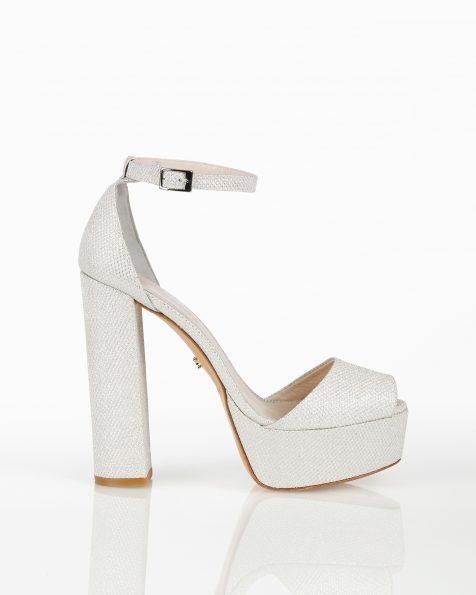 封闭式高跟格子设计新娘水台凉鞋,有白色和白金色可选。 ROSA CLARA COUTURE 新品系列 2018.