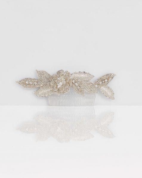 Beaded mantilla comb, in silver. 2019 ROSA CLARA COUTURE Collection.