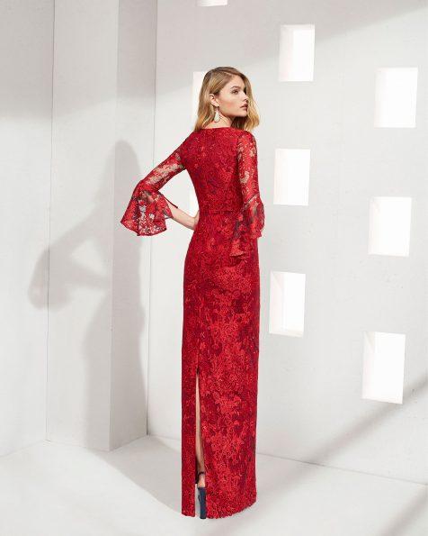 .2019 مجموعة فساتين ROSA CLARA COCKTAIL فستان طويل لحفل الكوكتيل من الدانتيل. بكمّ زنبقي الشكل وتقويرة على شكل
