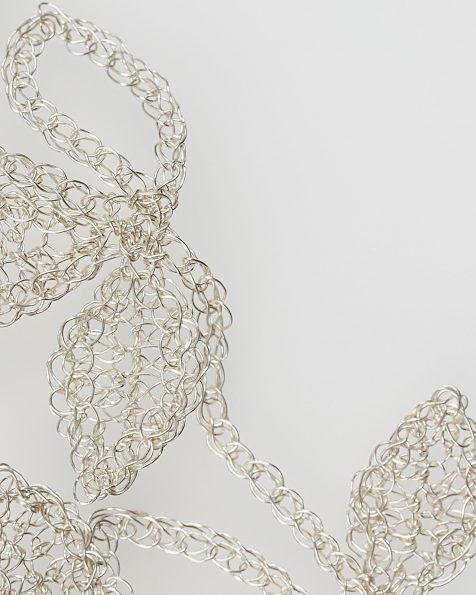 Tocado joya Natalia rama de flores y hojas en hilo de plata, en color oro o rosa . Colección ROSA CLARA COUTURE 2019.