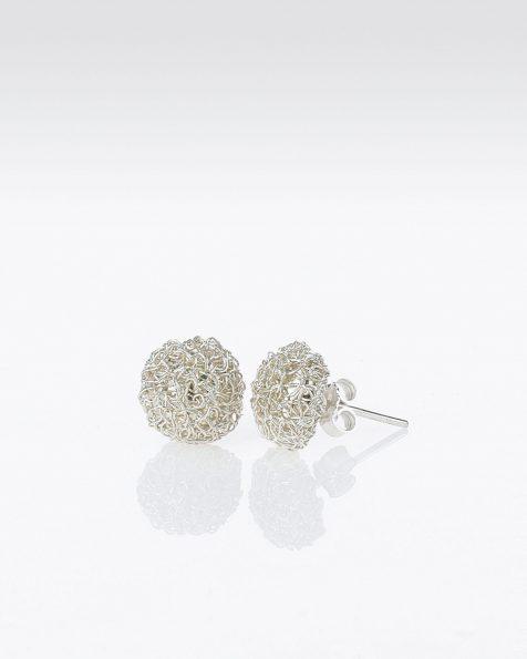 P48银色宝石镶饰银丝球形耳环。 ROSA CLARA COUTURE 新品系列 2019.