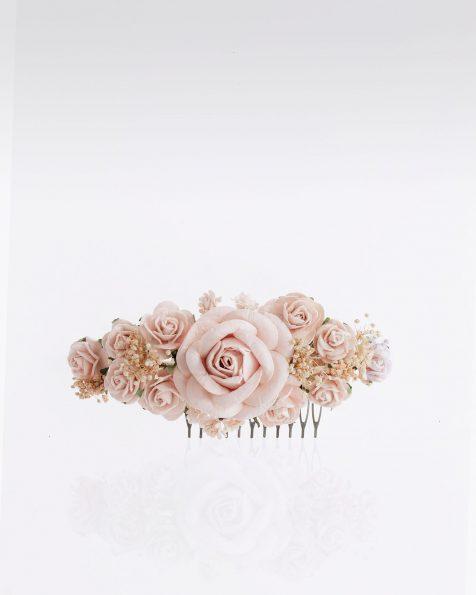 Pettinino da sposa con fiori. Disponibile in naturale, carne, blu e rosa. Collezione ROSA CLARA COUTURE 2020.