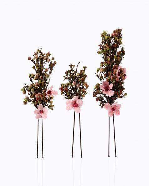 Alfinete de noiva, a 3 unidades, de flores e sementes. Coleção ROSA CLARA COUTURE 2020.