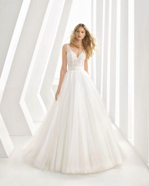 .2020 مجموعة فساتين ROSA CLARA فستان زفاف ذو تصميم للأميرات من الدانتيل المزيّن بالخرز والتل، مع تقويرة على شكل