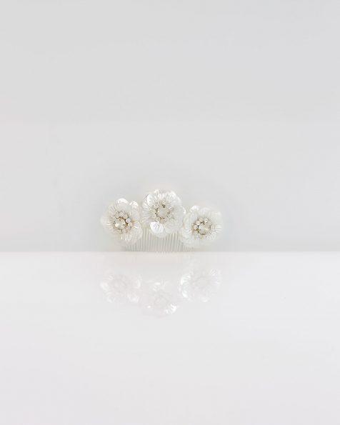 Brautkamm aus Polyvinyl und Kristall. Kollektion ROSA CLARA COUTURE 2020.
