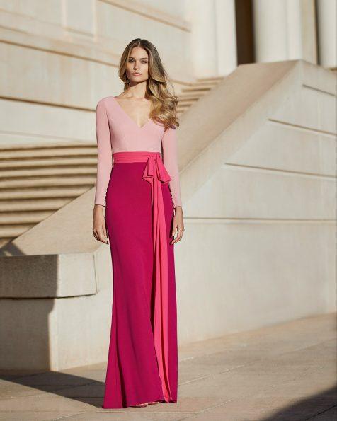 Vestido de fiesta en georgette elástico. Escote en V con manga larga y lazo en la cintura de gran volumen. Colección ROSA CLARA COCKTAIL 2020.