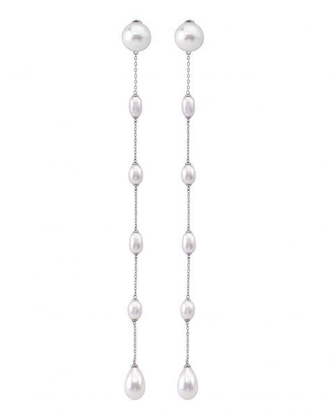 Boucle d'oreille de mariée de 20cm de long en argent et perle. Disponible en couleur naturelle. Collection ROSA CLARA COUTURE 2022.