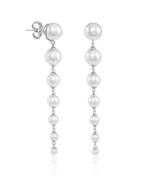 Boucles d'oreilles longues de 8 cm avec pique en argent rhodié, 4/10mm perles rondes blanches. Collection ROSA CLARA COUTURE 2022.