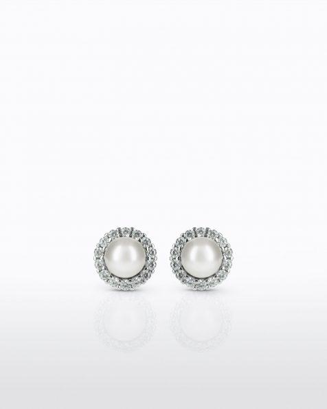 Boucles d'oreilles courtes multi-position avec pique en argent rhodié, 8mm perles rondes blanches et zirconites. Collection ROSA CLARA COUTURE 2022.