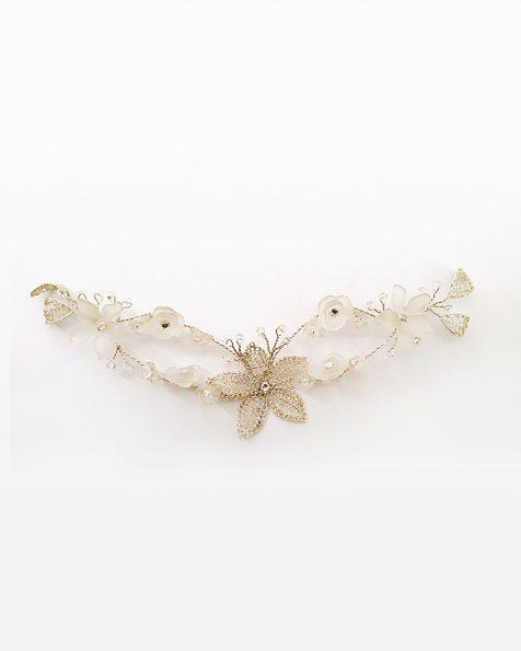 Tocat joia núvia de plata. Amb flors de resina i cristalls. Col·lecció ROSA CLARA COUTURE 2022.